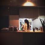 手作りオープンキッチンで『妻バル』