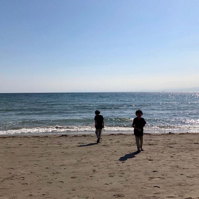 一色海岸と双子
